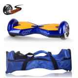 Hoverboardの小型新しくスマートな電気自己のバランスをとるスクーター