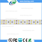 Una striscia di 5730 SMD LED con l'indicatore luminoso di striscia flessibile di buoni prezzi LED (LM5630-WN60-WW-24V)