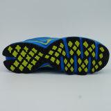 靴をハイキングする高品質の人のスポーツの靴の運動靴