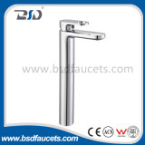真鍮拡張高い浴室のクロムはハンドルの洗面器のミキサーのコックを選抜する