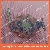 De la fábrica divisa de encargo del Pin del recuerdo del metal de la alta calidad al por mayor directo