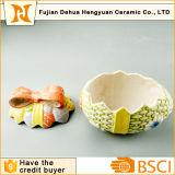 イースターエッグの形のホーム装飾のための陶磁器のクッキー用の瓶