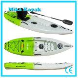 Sale를 위한 Top Kids Paddle Boat Kayak Roto Mold에 있으십시오