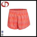 Sport variopinti 100% del poliestere che eseguono gli Shorts per le signore