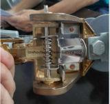 De Daling van het Porselein van de vervaardiging 11kv smelt uit Knipsel