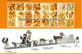 Gebratene Tablette schneidet die Imbisse in Stücke, die Produktions-Maschine aufbereiten