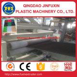 De plastic Kunstmatige Mat die van de Auto van het Gras Machine maakt