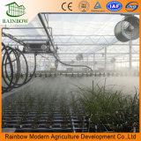 Milieuvriendelijk Roerend goed dat Irrigatie voor Serre bestrooit