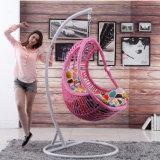 小選挙の振動椅子のハングのバスケット(D014A)をハングさせる藤によって形づけられる振動椅子の枝編み細工品