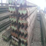 Poids en acier standard de fer d'angle de la taille Q235B