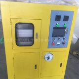 L'AP a contrôlé la machine de vulcanisation de presse de laboratoire