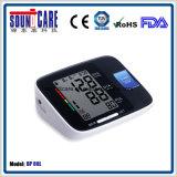 Moniteur médical de pression sanguine de bras de Digitals d'usine (point d'ébullition 80L) avec le grand affichage à cristaux liquides