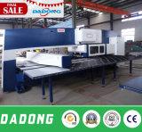 CNC 포탑 펀치 기계 또는 각인 기계