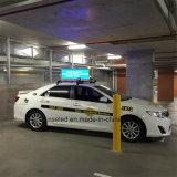 Visualización de LED móvil publicitaria superior del taxi del LED, muestra variable de la visualización de LED de la tapa de la casilla de taxi del omnibus del carro del coche del mensaje del balanceo P5 para el anuncio