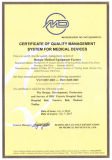 Tres funciones cama de hospital de cama eléctrica ICU con este certificado