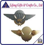 Militärisches nach Maß Metallabzeichen