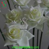 Luz artificial de la flor de Rose del solo vástago