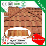 Strato antiruggine del tetto della pietra del metallo di tetto del piatto di alluminio rivestito naturale delle mattonelle