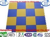 PP modificados para requisitos particulares que enclavijan el suelo del sitio de ejercicio del azulejo