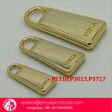 デザイナーハンドバッグの刻まれるカスタムロゴの真鍮のジッパーの引き手