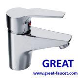 Robinet en laiton de vente chaud de bassin de conception populaire (GL7101A71)