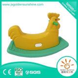 Matériel d'intérieur de cour de jeu de jouet de oscillation en plastique de cheval d'oscillation