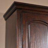 ルーバー付きのドア(GSP17-009)が付いている骨董品によって切り分けられる木製のワードローブ