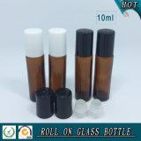 rullo di vetro ambrato 10ml sulla bottiglia con la sfera di rullo di plastica di vetro e della protezione