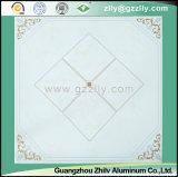 Forte résistance à la corrosion et à la résistance à la saleté Plafond polymère - Pierre grise avec ligne d'argent