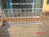 Barricada completamente galvanizada de la alta calidad que cerca con los pies planos