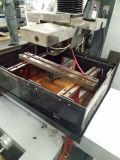 CNCのモリブデンCNCワイヤー打抜き機