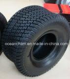 泥炭の木靴(18X9.5-8、20X10-8、24X12-12)が付いている頑丈な芝刈機のタイヤ