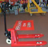 手動フォークリフトの鋳造ポンプ油圧手のバンドパレット