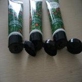 Kosmetik, die für schönen Pflanzengesichtsbehandlung-Reiniger verpackt