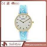 スポーツのステンレス鋼の方法女性の水晶腕時計