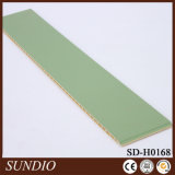 Водоустойчивое украшение Mildewproof прессует деревянная пластичная составная панель профиля WPC для украшения спальни