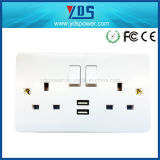 Switch와 LED Light를 가진 신식 USB Wall Socket 영국 Type 5V 2.1A