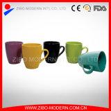 De in het groot Duidelijke Witte Ceramische Kop van de Mok van de Thee van de Koffie