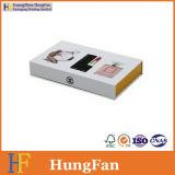 Luxuxmarken-Produkte, die Geschenk-Papierkasten verpacken