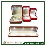 Caixa de jóia plástica de Customizd da parte alta com luz