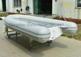 Bote auxiliar Yate costilla rígido velocidad de fibra de vidrio de pesca inflable Motor Tender Barco con cubierta de yate de 3,3 metros