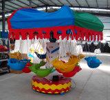 Mini paseo de la silla de los pescados de vuelo del parque de atracciones de los cabritos