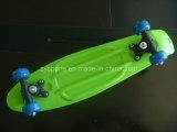 Skate barato de Hot Sale Plastic com PVC Wheels (ZY-PC)
