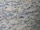 Tuile de granit de Giallo Cecilia et galettes et granit beiges de partie supérieure du comptoir