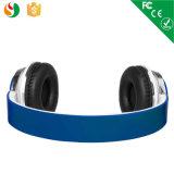 Ruido colorido con estilo que cancela aduana sobre los auriculares del oído