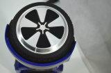 Vente 2016 chaude avec le scooter électrique Hoverboard de traitement commode