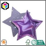 Dos pedazos de la estrella de la dimensión de una variable de la cartulina del papel del rectángulo de regalo rígido