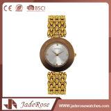 Reloj clásico unisex del cuarzo del acero inoxidable de la correa del oro