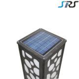 2016 lumière solaire de vente chaude de pelouse du cube DEL dans le côté d'endroit avec la conformité de Ce&RoHS