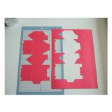 印のカッターを作る包装のカード紙